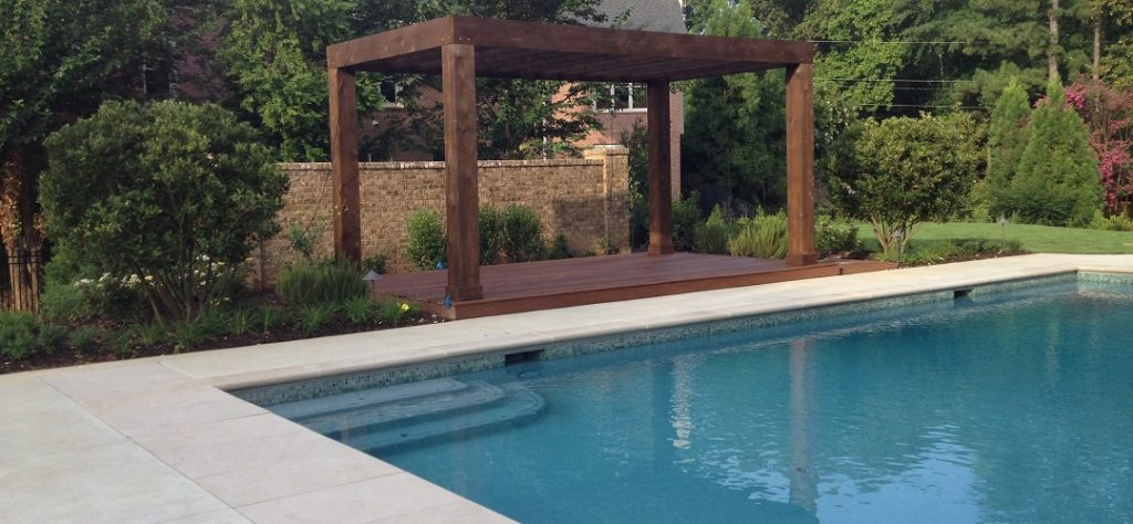When to Call a Van Nuys Pool Remodeling Service